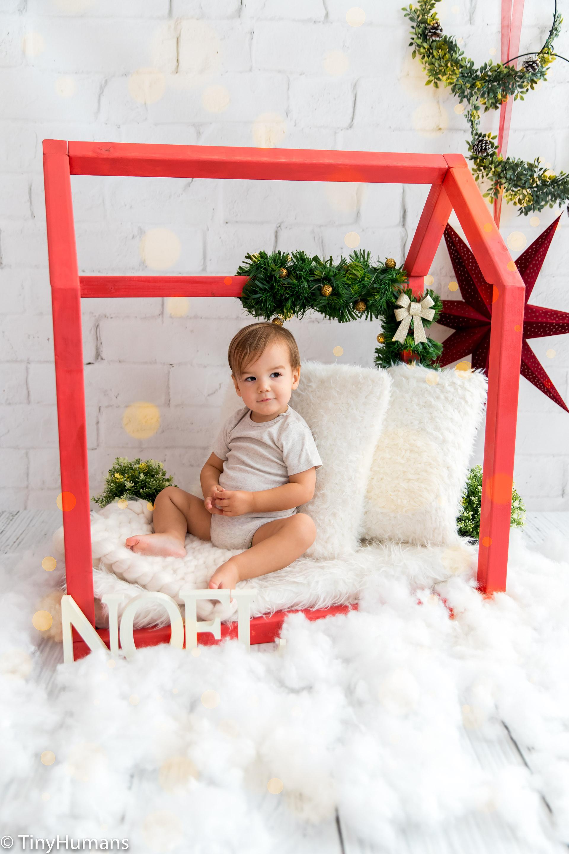 Christmas minis red setup